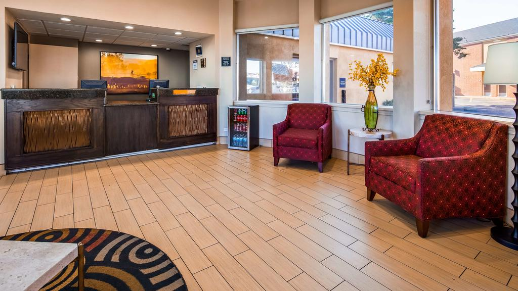 Hotels Motels lodging Amenities Best Western Red Carpet Inn Hereford Texas * Business Travelers Famalies Clean Pool WiFi Hereford texas Budget Cheap